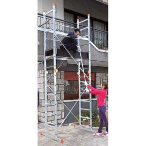 σκάλα σκαλωσιά